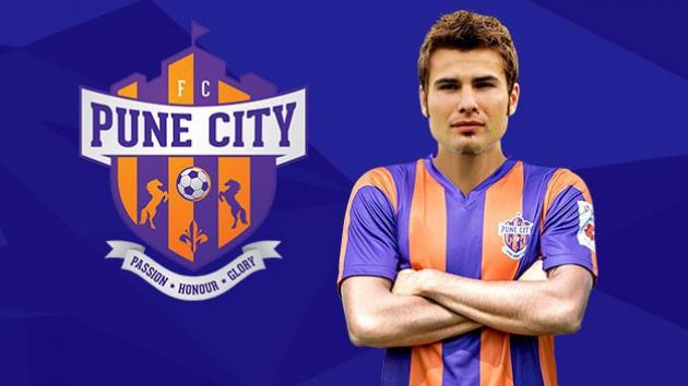 FC Pune City - Adrian Mutu