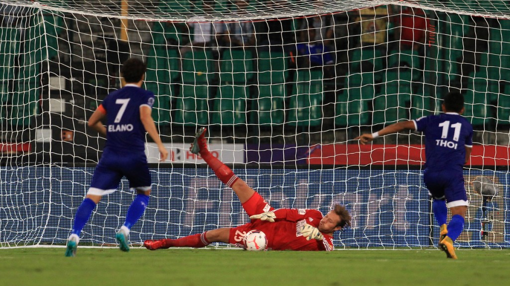 FC Pune City - Steve Simonsen